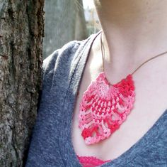 pinneaple-crochet-necklace-pendant-free-pattern (I think I'll try downsizing it to make earrings)