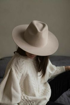What To Wear To Look Your Best: Fashion Tips – Fashion Trends Fashion 101, Fashion Beauty, Fashion Outfits, Womens Fashion, Fashion Trends, High Fashion, Feminine Fashion, Fashion Videos, Fashion Websites