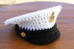 Crochet Military Inspired Hat – FREE pattern from KatiDCreations! This hat pattern includes a special story - and is perfect for any little one with a parent in the service! Crochet Baby Hats, Crochet Beanie, Cute Crochet, Crochet For Kids, Crochet Clothes, Baby Knitting, Knitted Hats, Knit Crochet, Crochet Humor