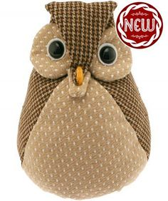 Browse Joe's selection of women's handbags. From quirky shoulder bags to elegant cross body and clutch bags. Whatever the occasion, we've got a Joe Browns bag to compliment the outfit. Owl Doorstop, Wha T, Brown Bags, Xmas, Christmas, Crackers, Clutch Bag, Teddy Bear, Shoulder Bag