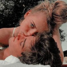 110 Perfect And Sweet Couple Goals You Want To Have With Your Partner - Page 18 of 110 - Couple pics - Cute Couples Photos, Cute Couple Pictures, Cute Couples Goals, Couple Photos, Teen Couples, Cute Couple Selfies, Tumblr Couples, Wanting A Boyfriend, Boyfriend Goals