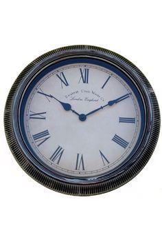 Traditional Round Shap Wall Clock  www.fashiongroop.com