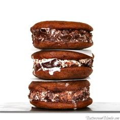 Nutella Frangelico Ice Cream Sandwiches on http://buttercreamblondie.com