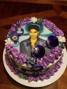 Love this cake Prince Cake, Prince Party, Prince Birthday Theme, 40th Birthday, Birthday Ideas, Artist Cake, The Artist Prince, Birthday Cakes For Women, Prince Purple Rain