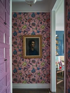 Design Websites, Design Blogs, Striped Wallpaper, Of Wallpaper, Colorful Wallpaper, Apartment Interior Design, Interior Decorating, Apartment Ideas, Interior Ideas