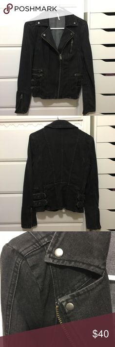 FREE PEOPLE motorcycle jean jacket black Super stylish motorcycle jean jacket from free people. Only wore a couple time, in great condition! I'm normally size XS/S, this jacket is size 2 and it fits well, not too tight. Free People Jackets & Coats Jean Jackets