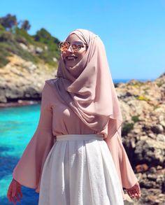faaaatmanur_ Modest Fashion Hijab, Muslim Fashion, Hijab Style, Hijab Chic, Modest Summer Outfits, Modest Dresses, Hashtag Hijab, Chic Outfits, Fashion Outfits