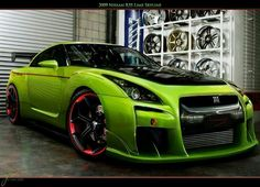 Nissan GTR..