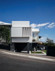 The Design Files - Announcing the Tasmanian Architecture Award Winners Architecture Awards, Residential Architecture, Landscape Architecture, Architecture Design, Preston, Hillside House, Australian Architecture, Landscaping Supplies, Modern Landscaping