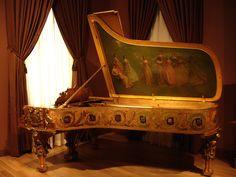 Regency Piano.    Smithsonian National Portrait Gallery/American Art Museum; Washington, DC