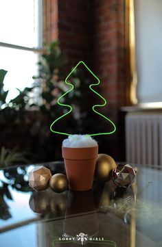 Make your Christmas modern with this DIY neon tree! Click through for more info! Follow for more DIY!