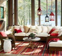 Emoldura por belas paisagens, uma casa no lago é um lugar perfeito para ficar e receber amigos. Geralmente com grandes janelas de vidro, com vista maravilh