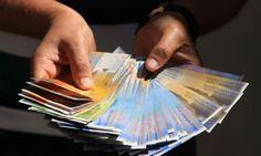 Bloomberg: Konverzija kredita negativna je za banke, ali dobra za gospodarstvo