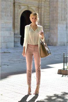 Blush jeans, brown bag, white sandals, white shirt, white blazer ☑️