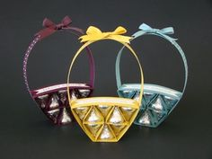 Learn how to make an Easter Basket out of card stock and Hershey's Kisses. I'll show you how to score strips of card stock to create the base and filler stri. Easter Projects, Easter Crafts, Easter Decor, Easter Ideas, Spring Crafts, Holiday Crafts, Candy Crafts, Easter Candy, Hershey Kisses