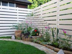 施工例詳細 in 2019 Boundary Walls, Cute House, Window Boxes, Dream Garden, House Rooms, Fence, Entrance, Outdoor Living, Succulents