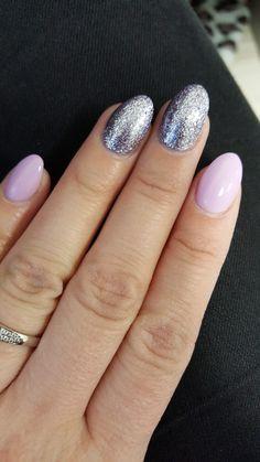 #gelnails #glitter #violet