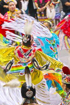 2013 Gathering of Nations PowWow Photos - Derek Mathews