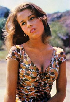 young jane fonda sexy in color Vintage Hollywood, Classic Hollywood, Hollywood Actresses, Actors & Actresses, Jane Fonda Barbarella, Divas, Brooklyn Girl, Ali Macgraw, Henry Fonda