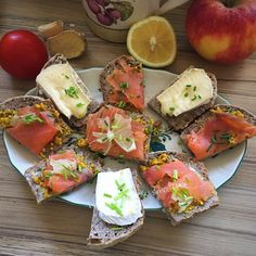 Slightly smoked salmon from a 100% organic aquaculture Atlantic @ 2bioHome Made Break with Special Mustard #organic #sea #food #seafood #cleaneating #healthy #healthydetoxsmoothie #fish #salmon #2bio #delicious #aquaculture #glutenfree #lifestyle #coach #enjoy  detox glten free healthy cleaneating