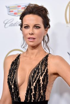 61 Sexy Kate Beckinsale Pictures Captured Over The Years Beautiful Celebrities, Beautiful Actresses, Most Beautiful Women, British Actresses, Hollywood Actresses, Kate Beckinsale Pictures, Pretty Woman, Portraits, Celebs