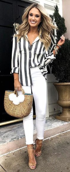 trendy spring outfit idea / striped shirt + white pants + bag + heels