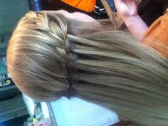 Waterfall braid half updo - for more gerat inspirations visit us at Bride's Book…