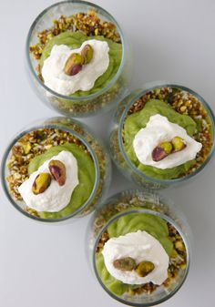 35. Creamy Avocado Lime Parfait #paleo #breakfast #recipes https://greatist.com/eat/paleo-breakfast-recipes