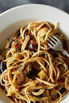 A hearty, filling, and simple pasta dish that's as crowd pleasing as it is vegetarian friendly. # Food and Drink vegetarian Spicy Eggplant Pasta Japanese Eggplant Recipes, Eggplant Recipes Pasta, Spicy Eggplant, Eggplant Pasta, Pasta Recipes, Beef Recipes, Vegetarian Recipes, Japanese Recipes, Yummy Recipes