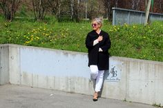 Black and white in spring https://www.alnisfescherblog.com/black-and-white-in-spring/