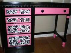 Recreated Creations: Sassy Black, Hot Pink, and White desk. Fun for a young girl's room! Funky Furniture, Recycled Furniture, Furniture Makeover, Painted Furniture, Desk Makeover, Accent Furniture, Office Furniture, Furniture Design, Girls Bedroom