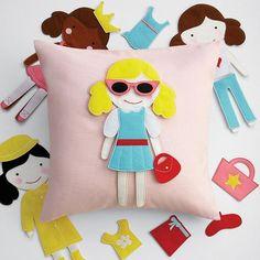Doll Pillow Partido porción RedEnvelope