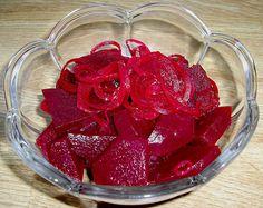 Würzig eingelegte Rote Bete, ein gutes Rezept mit Bild aus der Kategorie Haltbarmachen. 52 Bewertungen: Ø 4,4. Tags: Beilage, Gemüse, Haltbarmachen, Herbst, Vegan, Vegetarisch