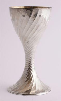 Lot 0 - A Beswick figure Robert Welch, Trumpet, Flute, Sd, Auction, Shapes, London, Modern, Silver