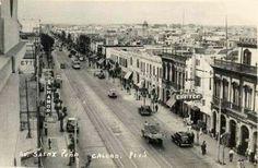 El chifa canton, el mas famoso en el Callao. Por ahi el tranvia que viene de Lima. January 10, 2017. Peru, Paris Skyline, Lima, Street View, History, Travel, Outdoor, Street, Antigua