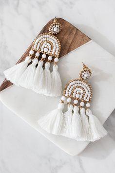 U Shaped Open Hoops in Gold fill, gold fill hoop earrings, hammered gold hoops, u shape gold hoop earrings, large hoop earrings - Fine Jewelry Ideas Fabric Earrings, Jewelry Design Earrings, Tassel Jewelry, Fabric Jewelry, Beaded Earrings, Earrings Handmade, Beaded Jewelry, Silk Thread Earrings Designs, Hoop Earrings
