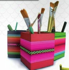 Porta Lápices De Madera Pintados Con Detalles En Aguayo - $ 80,00