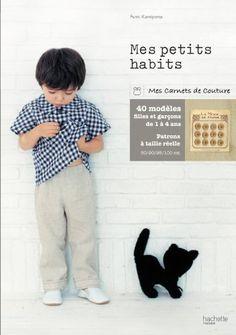 Mes petits habits de Fumi Kamiyama http://www.amazon.fr/dp/2012303404/ref=cm_sw_r_pi_dp_SQ5Jwb0RYJMEM