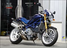 Ducati Monster S4RS with blue #venairsport silicone hoses by - ゥカティ モンスター S4RS│カスタムDUCATI│バージンドゥカティ