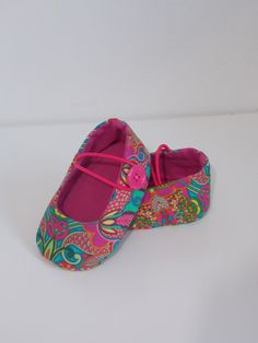 1 million+ Stunning Free Images to Use Anywhere American Girl Doll Shoes, American Doll Clothes, Baby Doll Clothes, Baby Dolls, Doll Shoe Patterns, Baby Shoes Pattern, Baby Girl Shoes, Girls Shoes, Baby Slippers