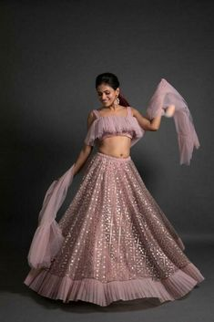 Top 15 Designer Bridal Lehenga for Wedding - Fashion Girls Indian Wedding Gowns, Party Wear Indian Dresses, Designer Party Wear Dresses, Party Wear Lehenga, Indian Gowns Dresses, Indian Bridal Outfits, Dress Indian Style, Indian Fashion Dresses, Indian Designer Outfits