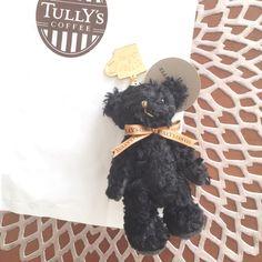 OLD NAVYの後タリーズでお茶^ ^ タリーズのクマ可愛くて、でも無駄遣いかなぁって買おうか悩んでたらお母さんが買ってくれた(≧∇≦)ありがとう♡