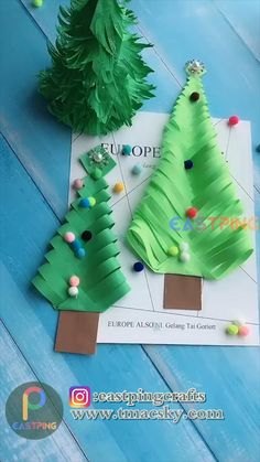 creative crafts let's do together!😘😘😍😍Do let me know in the comment how it goes. :)💗💗You can also find some other content in my blog.If you like it, share it with your social media and friends Preschool Christmas Crafts, Christmas Crafts For Kids To Make, Christmas Paper Crafts, Diy Christmas Cards, Origami Christmas Tree, Diy Felt Christmas Tree, Christmas Christmas, Handmade Christmas, Handicraft