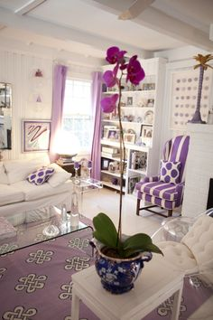 Madeline Weinrib Purple Mu Ikat pillows and Mulberry Megan Cotton Carpet at Jules Reid's home, featured in Matchbook Magazine February 2012.