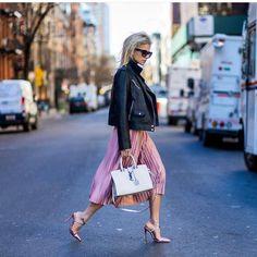 """#fashionblog #streetstyle #streetfashion #passionfashion #glow #fashionaddict #fashionblogger #classylady #classyshoes #classywoman #beclassy #style…"""