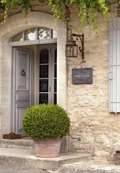 Cottage Homes, Cottage Style, Exterior Doors, Interior And Exterior, French Courtyard, Outdoor Lighting, Outdoor Decor, French Country House, Stone Houses