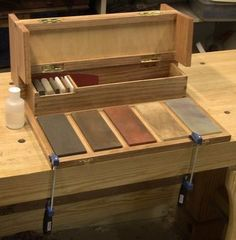 Close Grain: Portable Sharpening Station, part 2 Woodworking Hand Tools, Woodworking Projects Diy, Woodworking Bench, Custom Woodworking, Wood Projects, Woodworking Planes, Wood Tool Box, Wooden Tool Boxes, Wood Tools