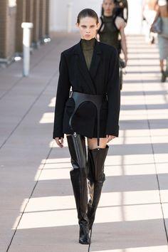 Dion Lee Primavera Verano 2020 Pret-A-Porter - Pasarela   Vogue España Fashion Week, Fashion 2020, Runway Fashion, High Fashion, Fashion Outfits, Womens Fashion, Fashion Trends, Fashion Mumblr, Modest Fashion