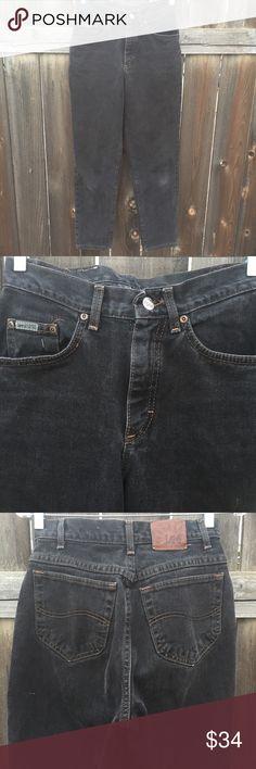 """VTG 90's LEE RIVETED BLK DENIM JEANS SZ 25 VTG 90's LEE RIVETED BLK DENIM JEANS SZ 25 WAIST 25"""" INSEAM 29""""  GOOD CONDITION Vintage Jeans Skinny"""