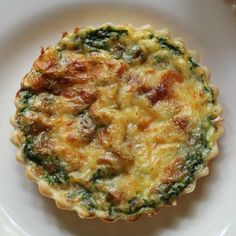 "Quiche with bacon spinach and mozzarella Recipost Reciposter ""Seven Layer Charlotte"" Charlotte food blogger eggs, French, breakfast, brunch"